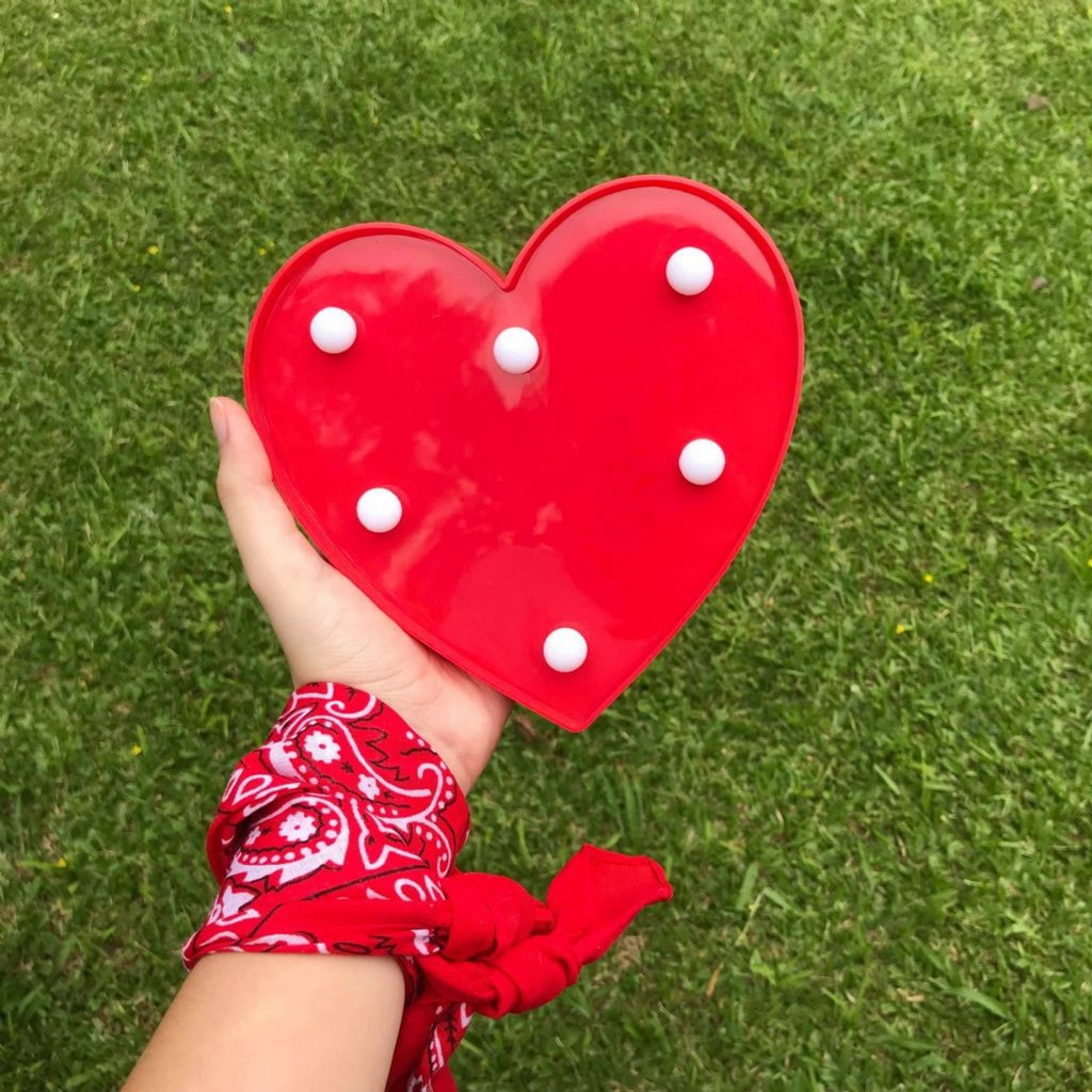 Kit 2 Luminárias Vermelhas Decorativas Coração 5 Leds E Love 11 Leds Casita