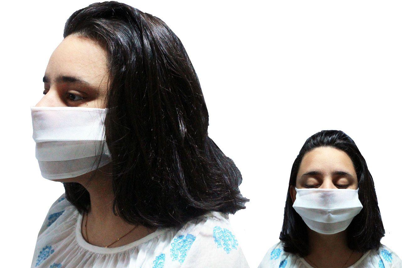 Máscara Lavável Facial Tnt Duplo Elástico 10 Unidades Branca Proteção Higiene + 10 Unidades Álcool Sachê 10 Ml 70% Mãos
