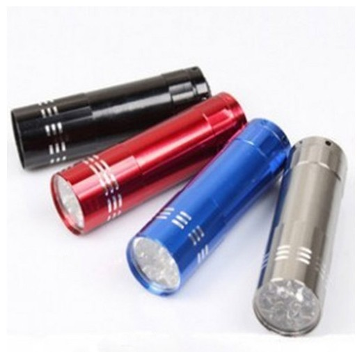 Mini Lanterna Tática Com 3 Leds Em Aluminio Led Light