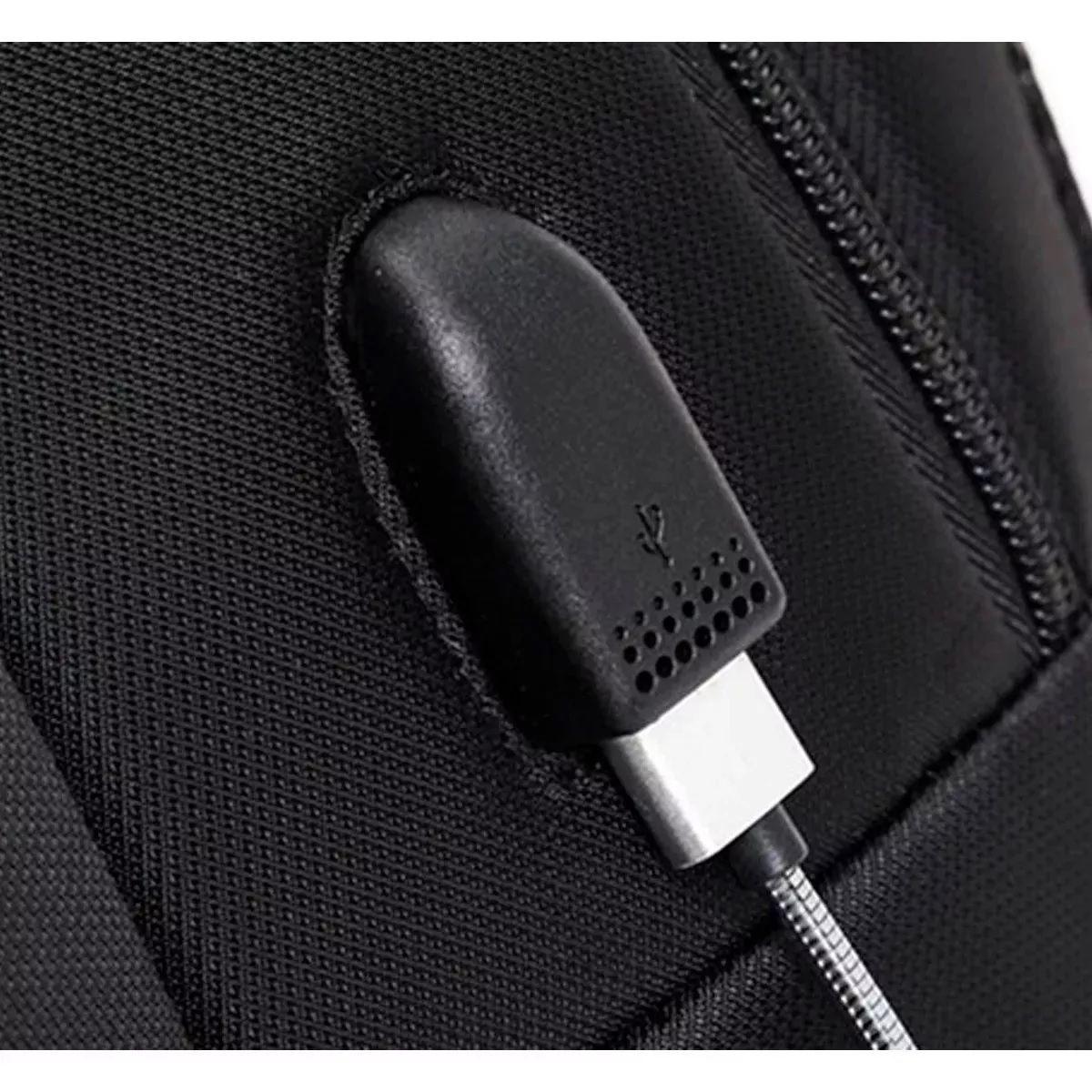 Mochila Notebook USB Masculina Preta Impermeável Resistente