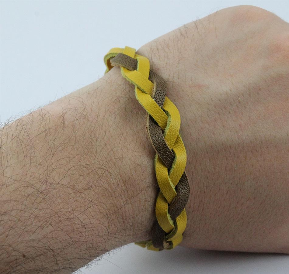 Bracelete de Couro Mostarda e Marrom Com Fecho de Aço Inox 316L