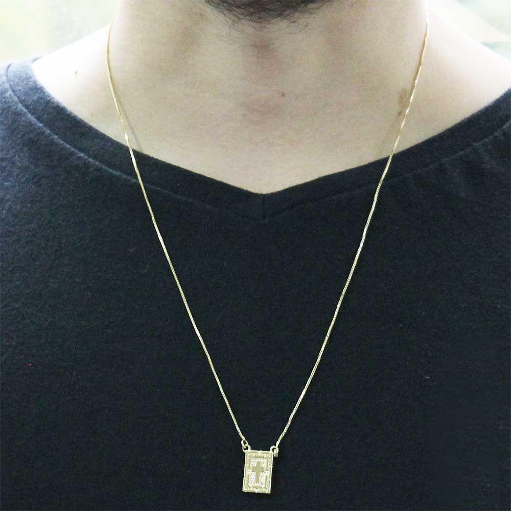 Escapulário Cruz Diamantado Folheado a Ouro 18k