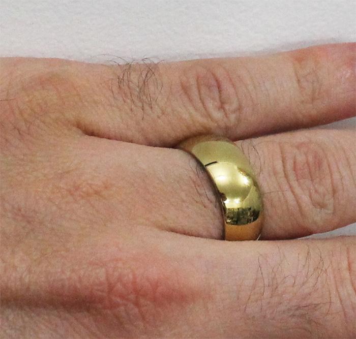 Par de Aliança de Aço-Titânio Gold com 8mm de largura