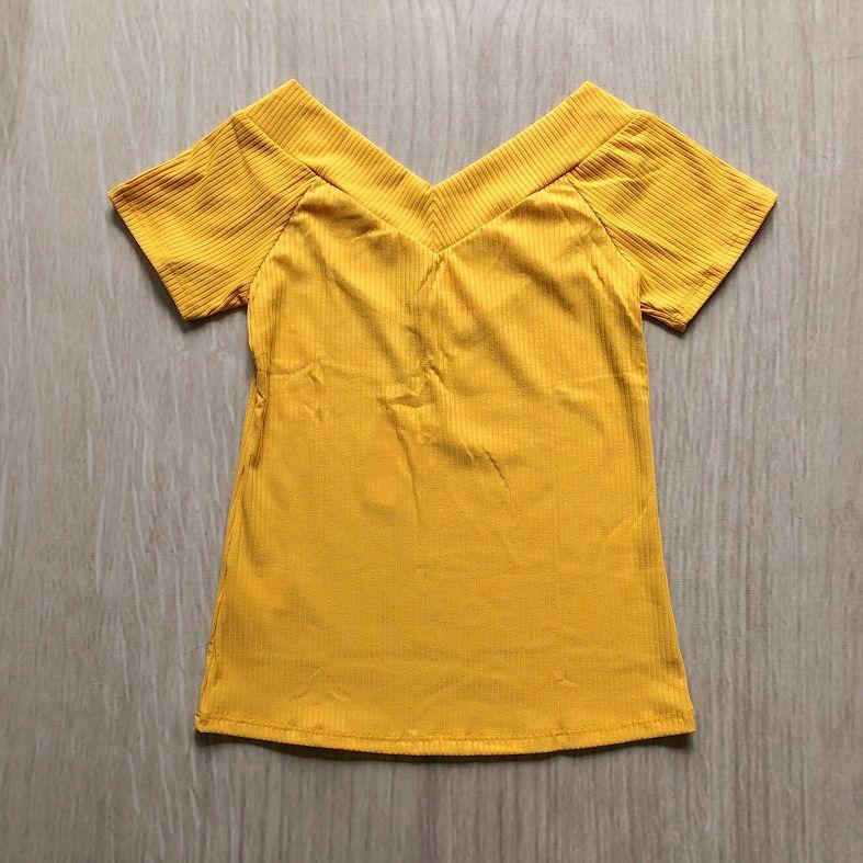 Blusa Canelada Decote V