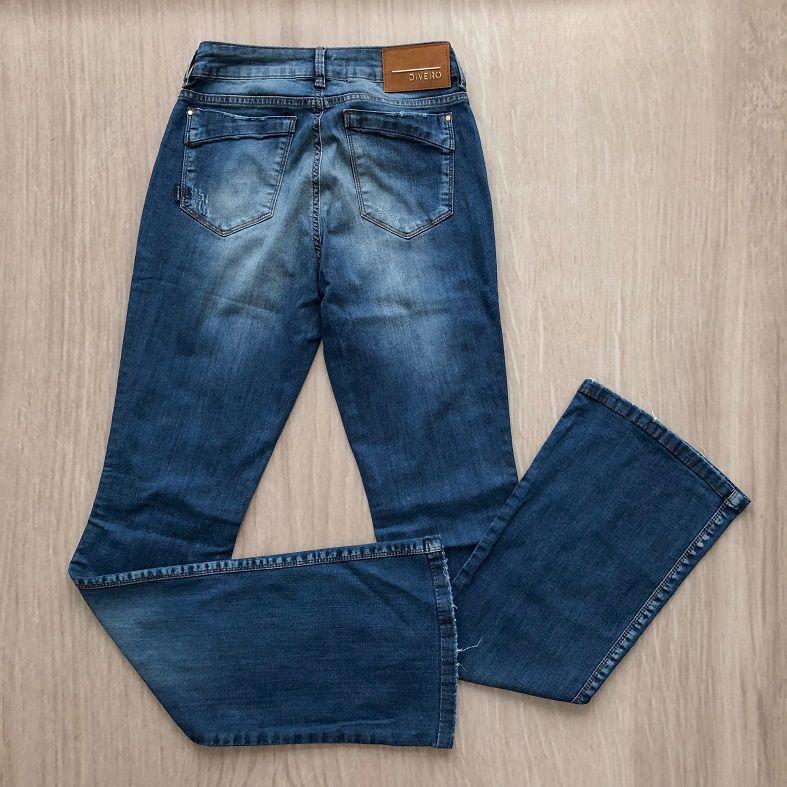 Calça Jeans Boot Cut Rasgada