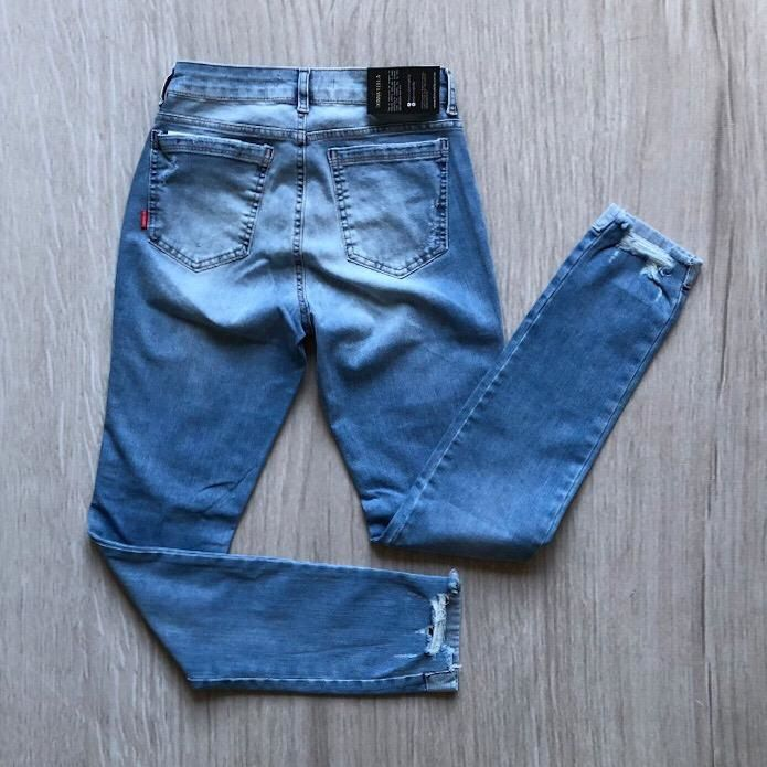 Calça Jeans Cigarrete Clara