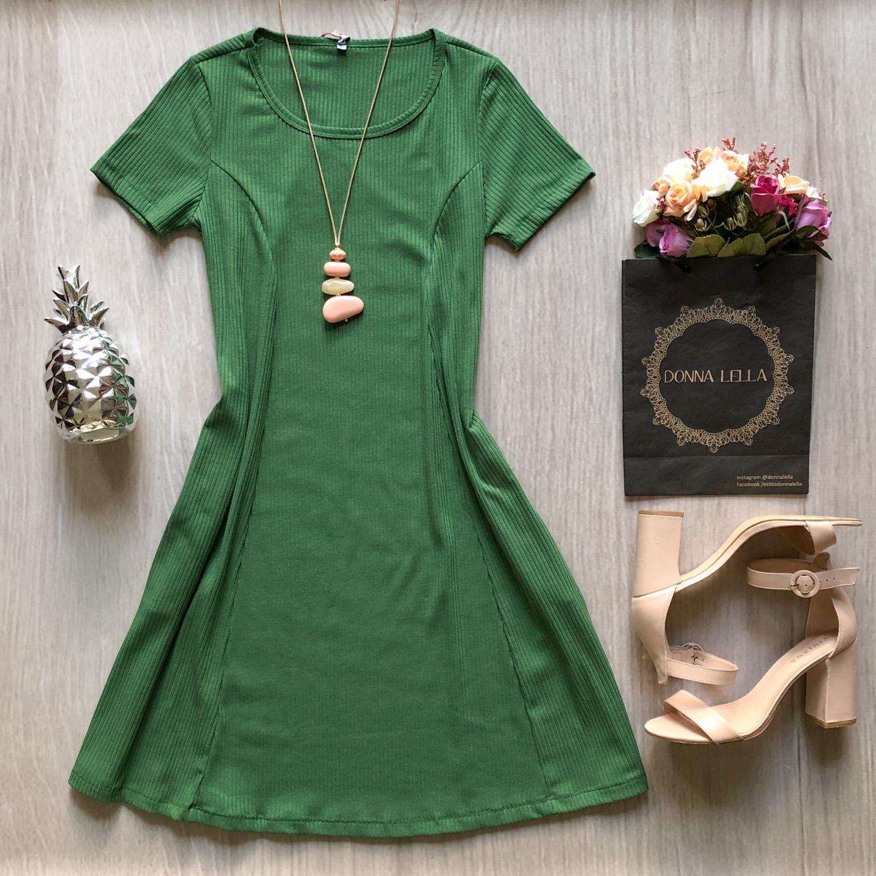 Vestido Evasê Canelado