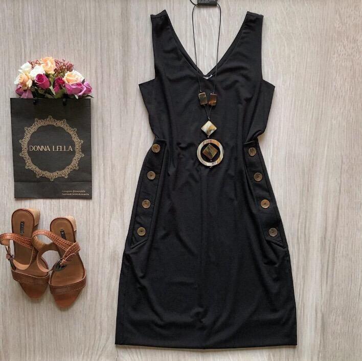 Vestido Preto Botões
