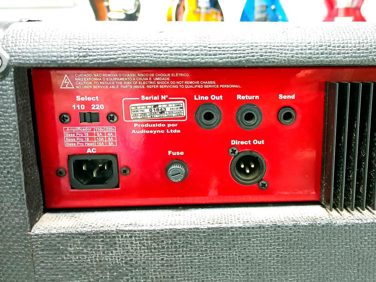 Amplificador Bass Pro 15 - Warm Music – Usado