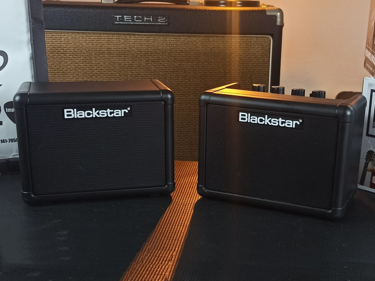 Amplificador Blackstar p/ Guitarra Fly 3 Mini Amp c/ Extensão Fly 103 e Fonte – Usado