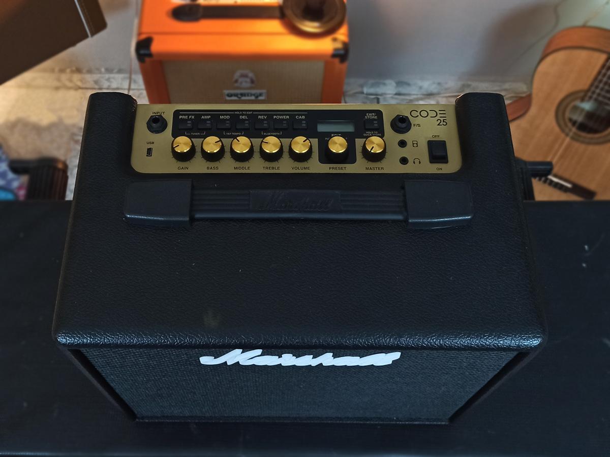 Amplificador Marshall Code 25 - Usado
