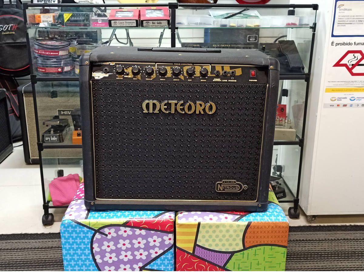Amplificador Meteoro Nitrous 210-GS c/ foot - USADO