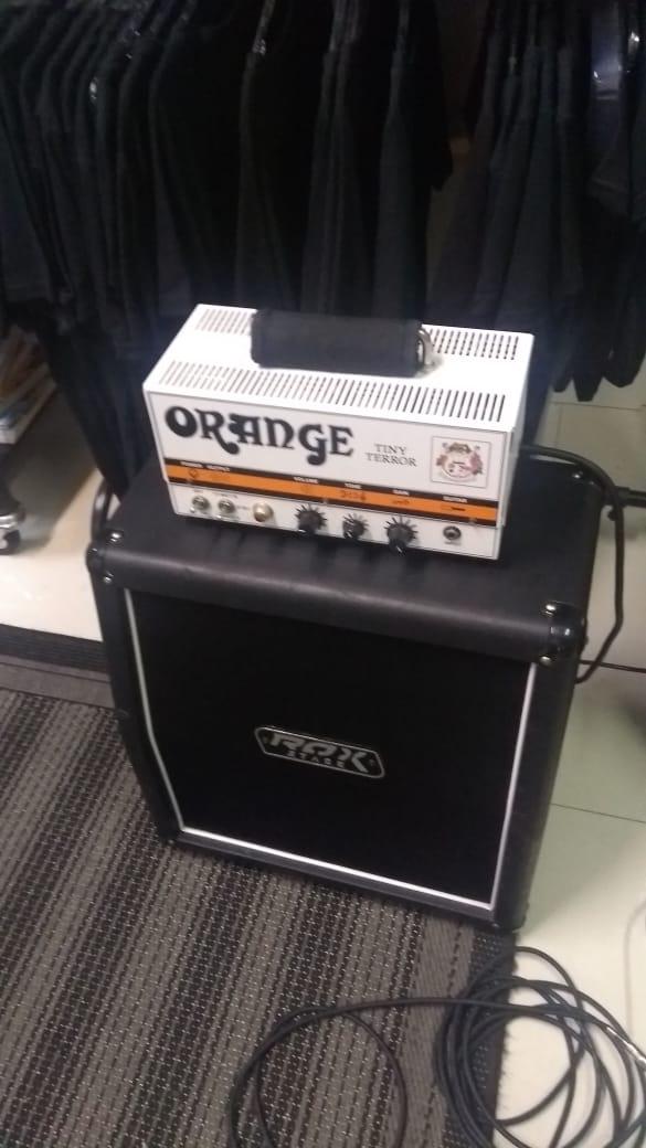 Amplificador Tiny orange + caixa rox stage
