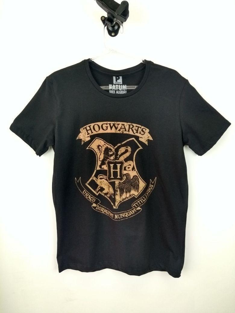 Camiseta Harry Potter Hogwarts Preta