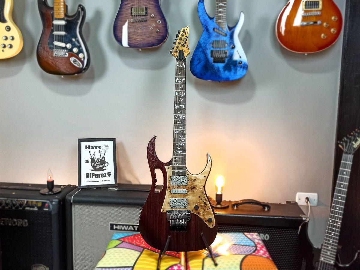 Guitarra Ibanez JEM 77 WDP - Steve Vai - Premium - Usada