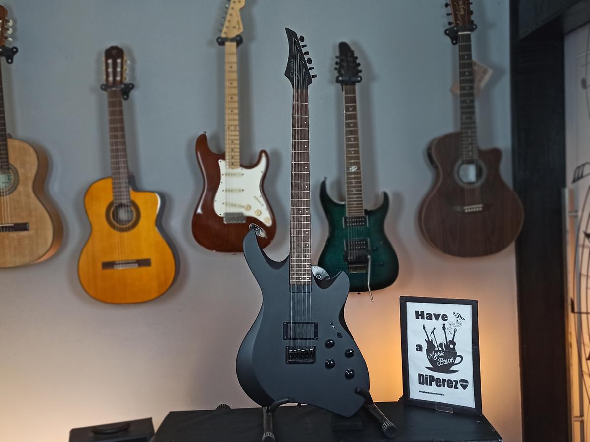 Guitarra Line 6 Variax HD - Shuriken S270 – Usado