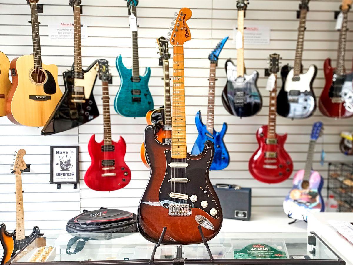 Guitarra Strato Kraft - Usada - Handmade - Luthier Tico