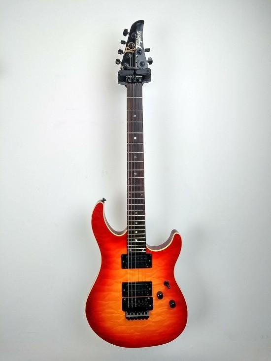 Guitarra Tagima Volcan - Special Series - Cherryburst Usada