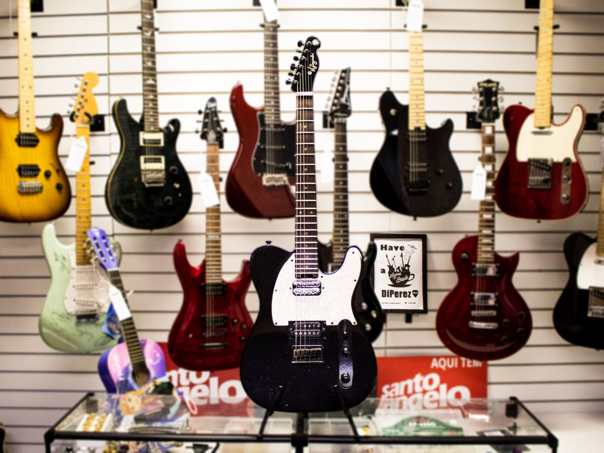 Guitarra Telecaster N.Zaganin – Usada