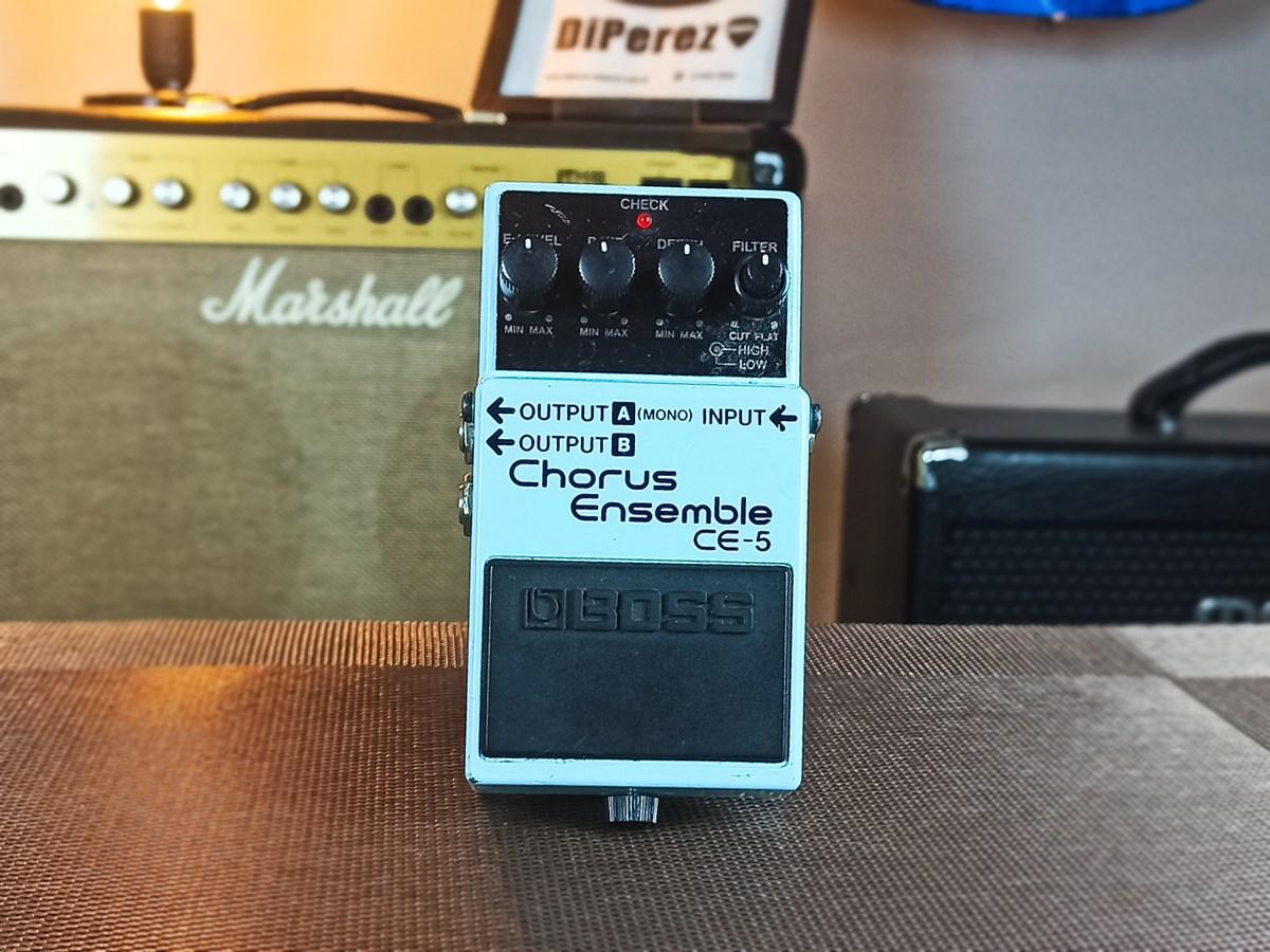 Pedal Boss Chorus Ensemble CE-5  Usado