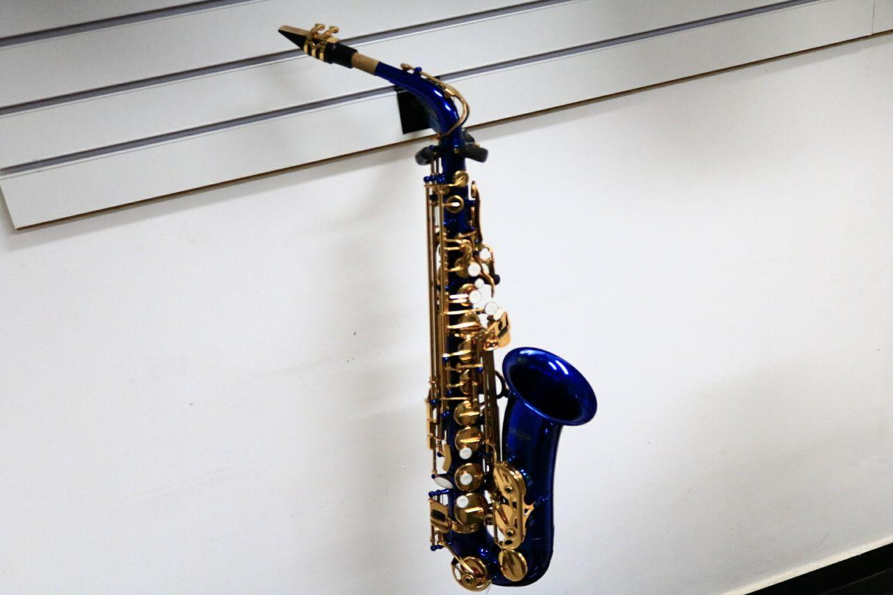 Sax Alto Merano Azul USADO
