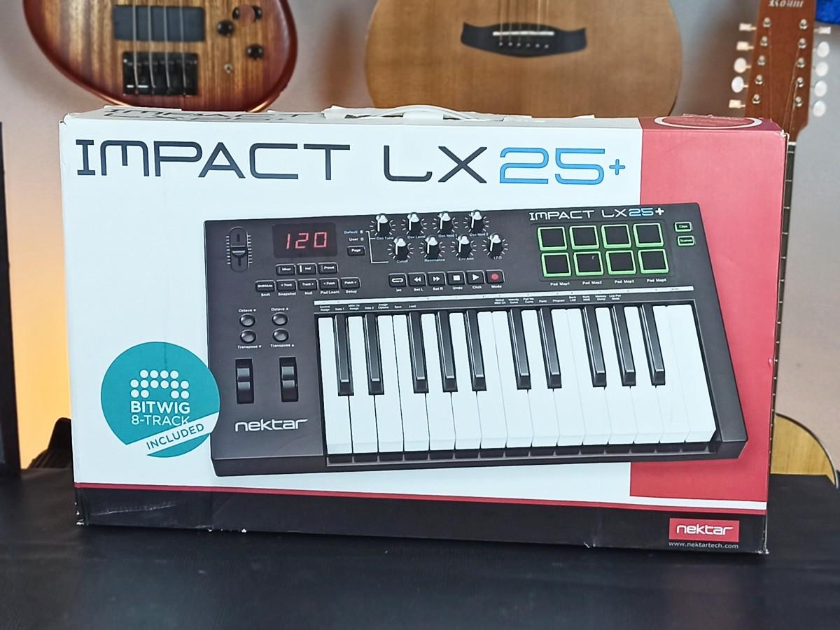 Teclado Controlador Nektar Impact LX25+ USADO