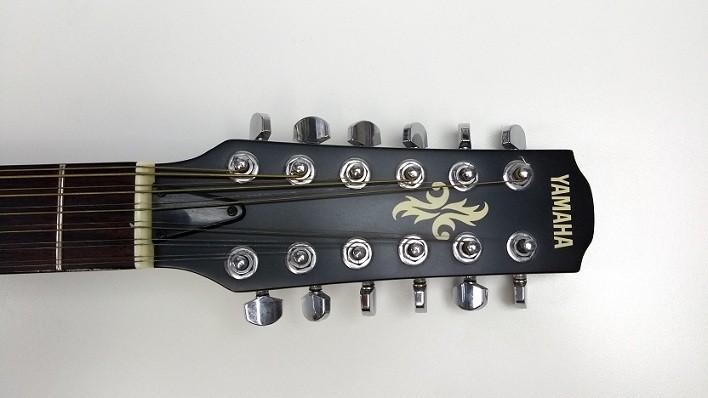 Violão Elétrico 12 cordas Aço Yamaha c/ Case KGB - USADO