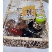 Cesta de Natal com produtos importados - Pequeno