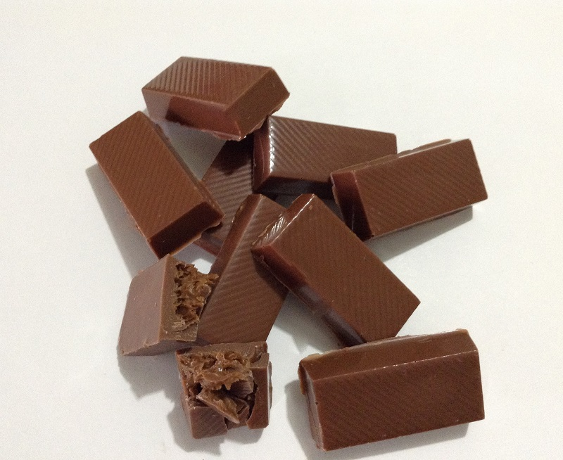 Chocolate com Praliné de Avelã - barrinhas