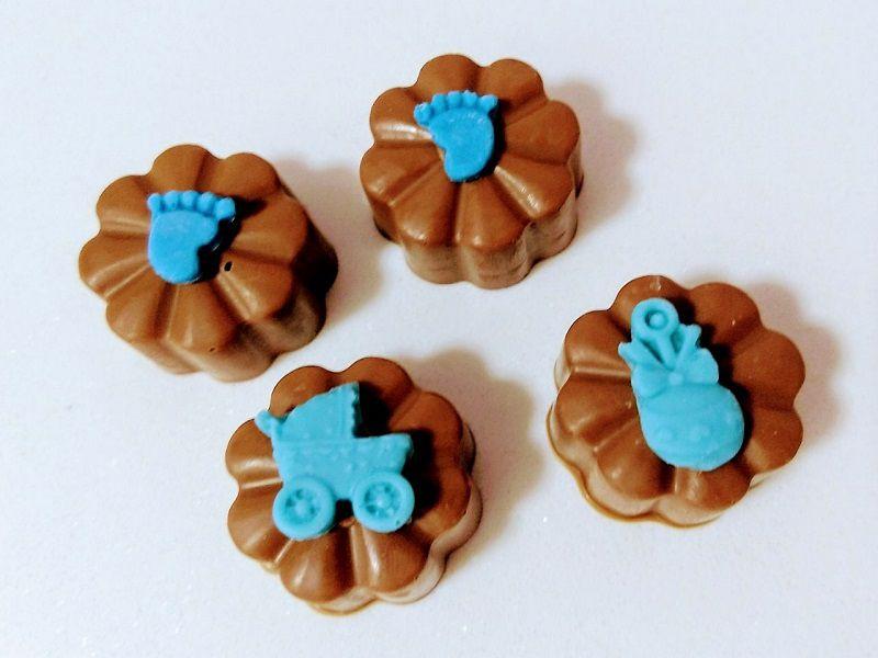 Maternidade - lembrancinha personalizada c/ chocolate belga - 20 unids