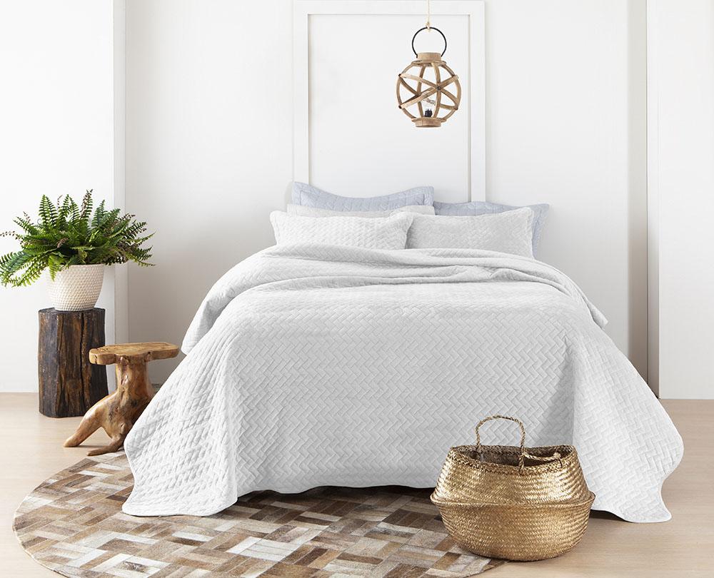 Colcha Aveludada - Casal - Bloom - Veludo - C/ Porta Travesseiros - Marfim - Rozac
