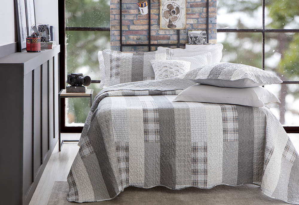 Colcha Patchwork - King Size - Dupla Face - C/ Porta Travesseiros - Piccadilly 4 - Rozac