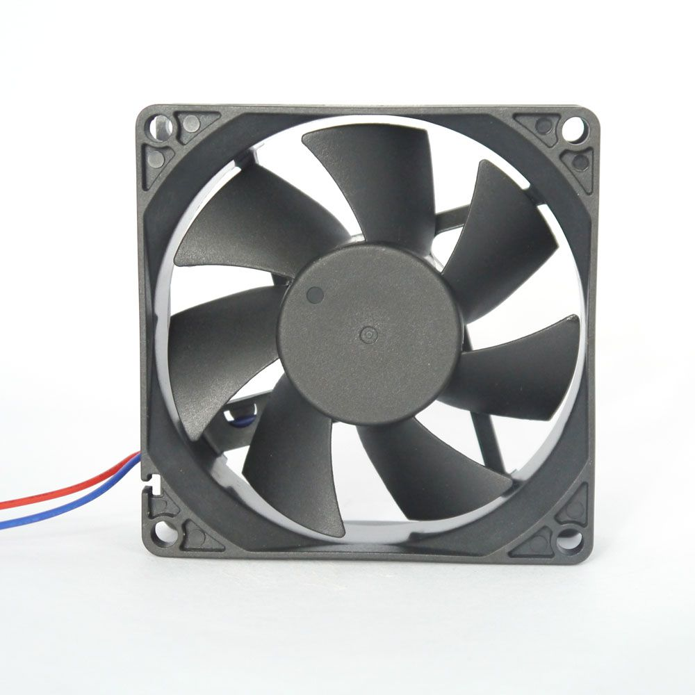 Miniventilador Nework 80X80X25 12VDC Código 14.204 E
