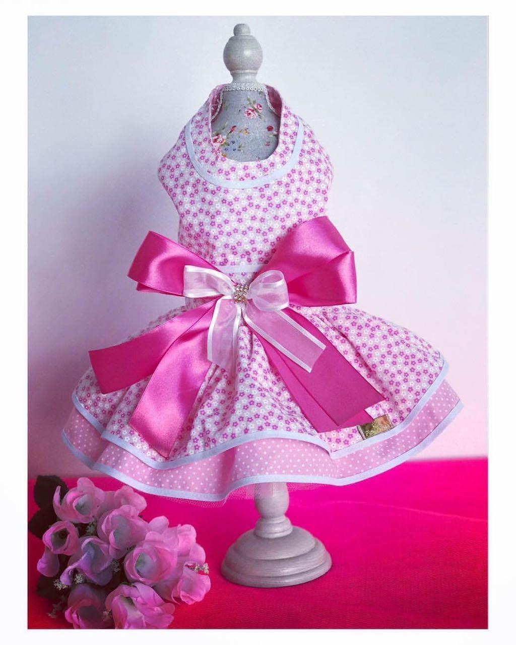 Vestido Rosa Laço com Flores
