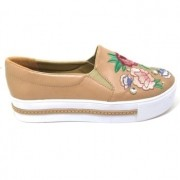 Tênis Slip On Flatform Bordado Camel