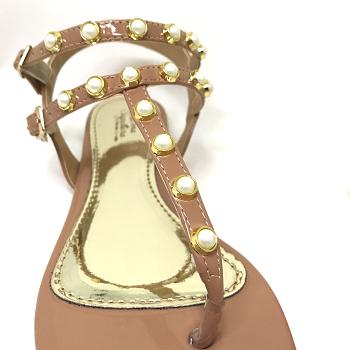 Rasteirinha Verniz Nude com detalhe em pérola