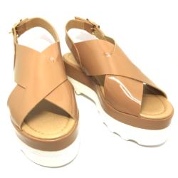 Sandália Flatform Tiras Cruzadas Verniz Nude