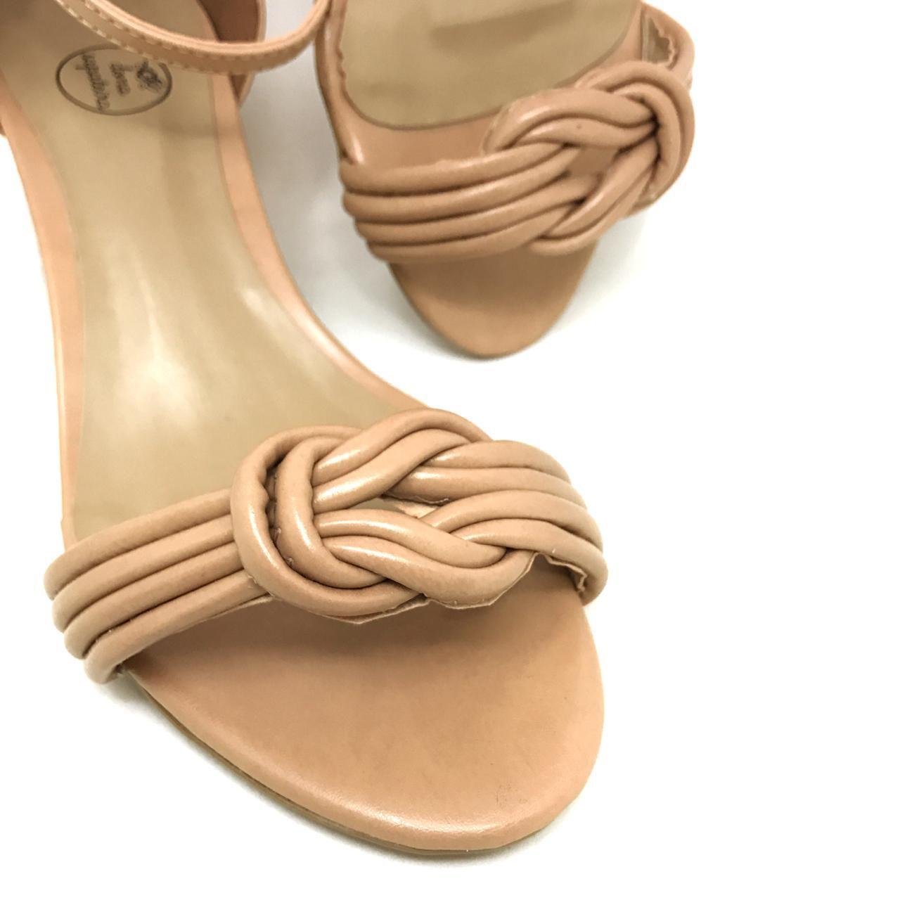 Sandália Tecka Nude Salto Quadrado