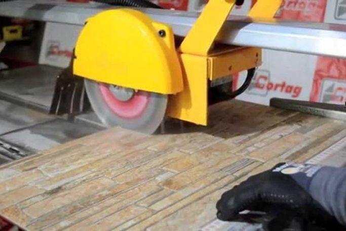 Cortador Elétrico com Bancada Zapp 200 Cortag 220v