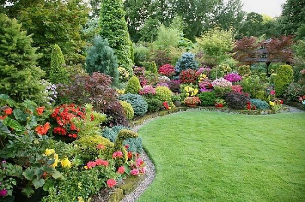 Irrigador Giratório para Jardim 1/2 Polegada 9 Jatos Garden