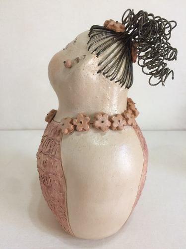 Boneca Cabelo Arame Com Flor Lateral Artesanal Decorativo