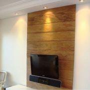 Painel para sala de TV medindo 1,60x1,20 Em Madeira De Demolição
