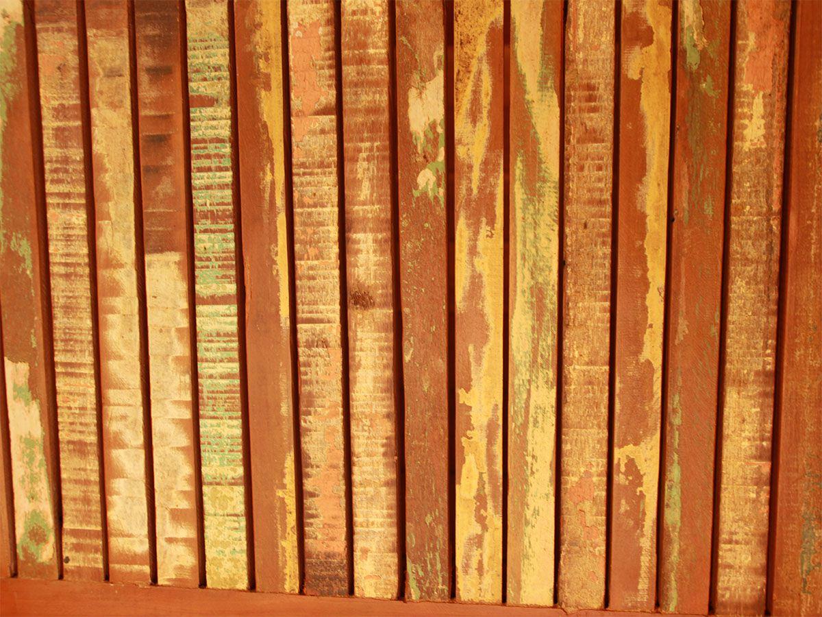 Armário 2 Portas e 3 Gavetas Em Madeira De Demolição Medindo 1,00x50x2,00