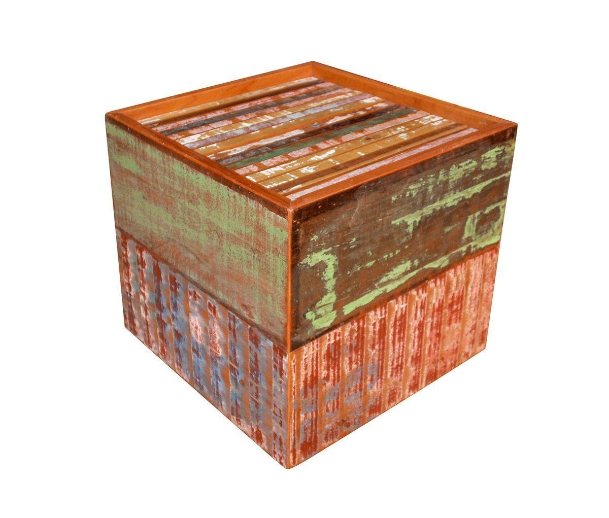 Banco Puff Em Madeira De Demolição medindo 45x45x43