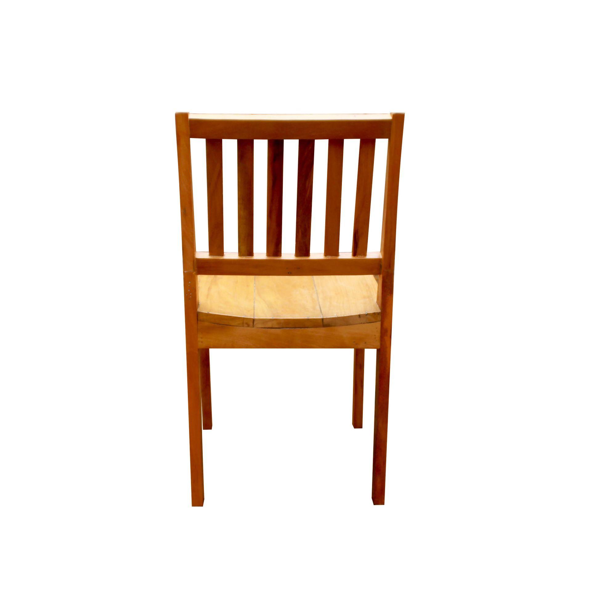 Cadeira sem braço Em Madeira Demolição medidas 43x46x85