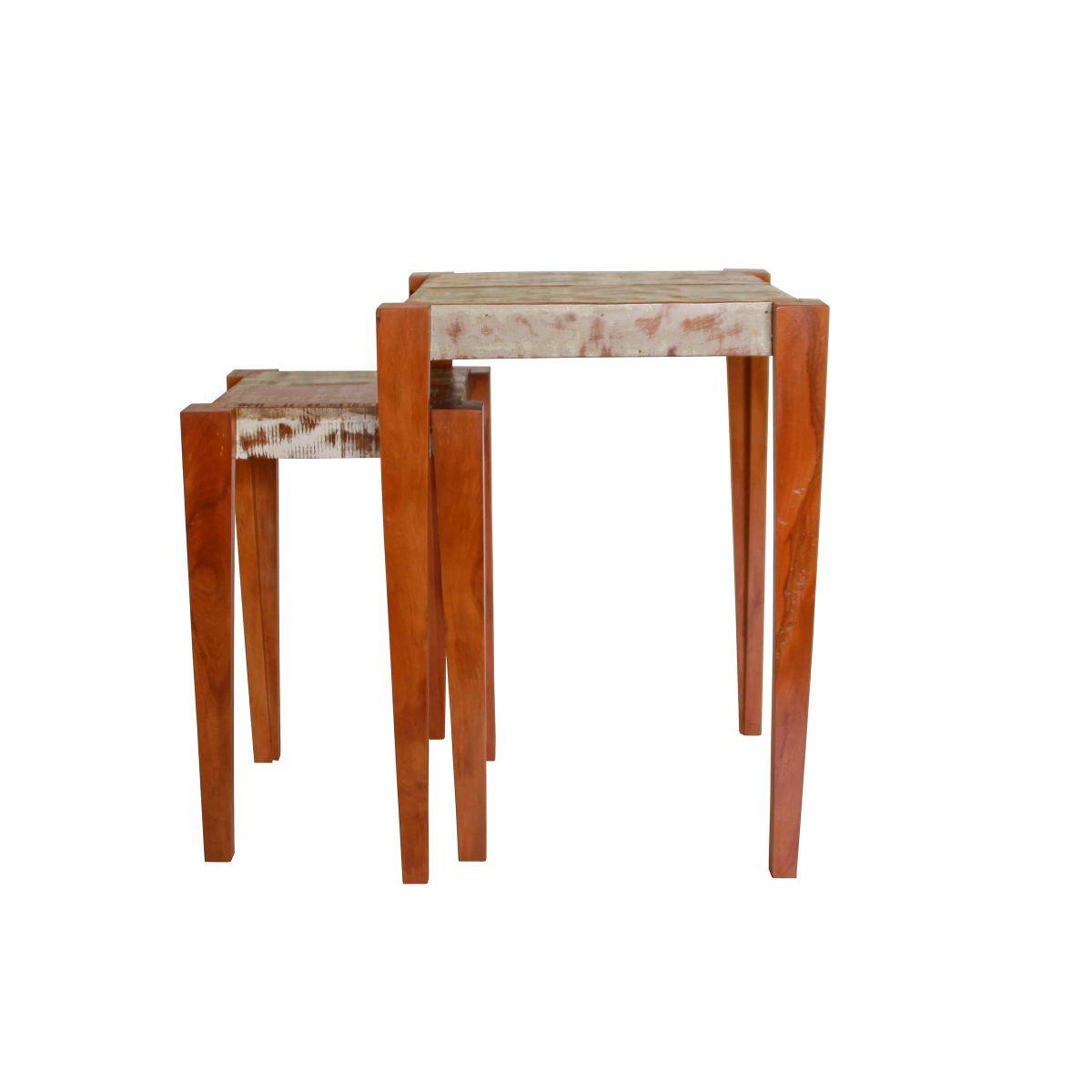Mesa De Cabeceira modelo Ninho Em Madeira Maciça De Demolição com Resto de Tinta Antiga