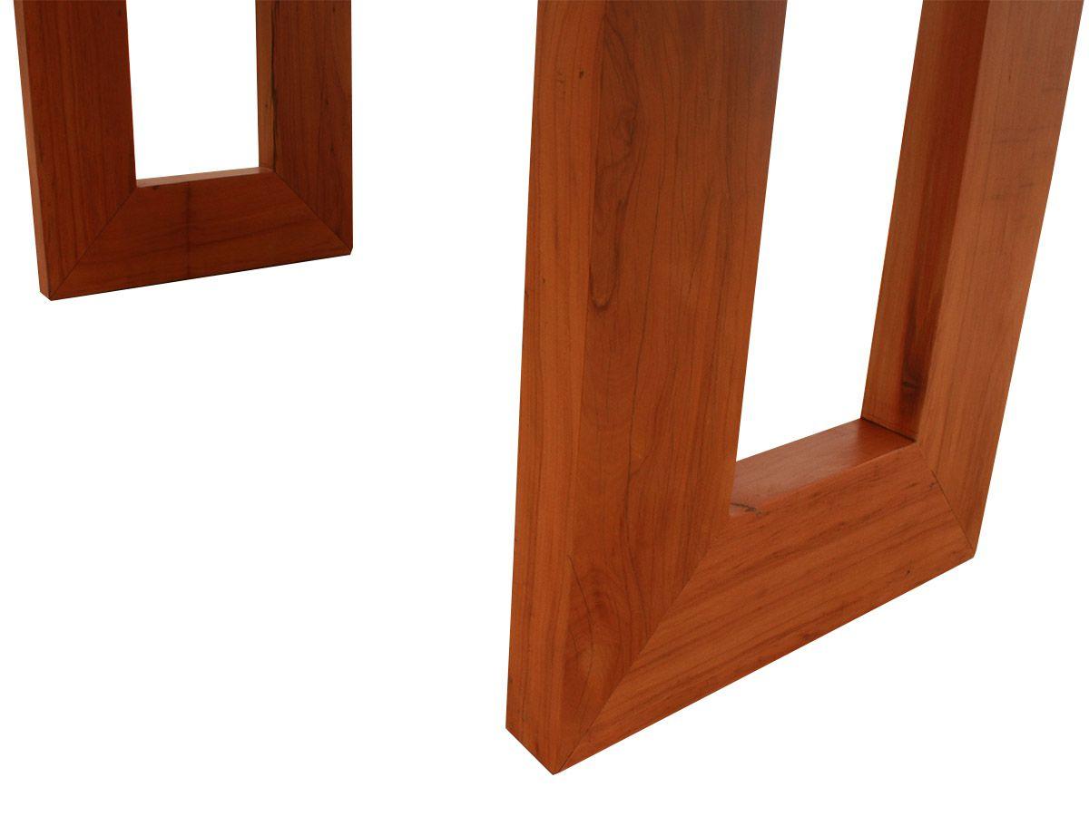 Mesa De Jantar Retangular Pés Vazados Fabricada em Madeira de Demolição Medindo 220x100x78cm