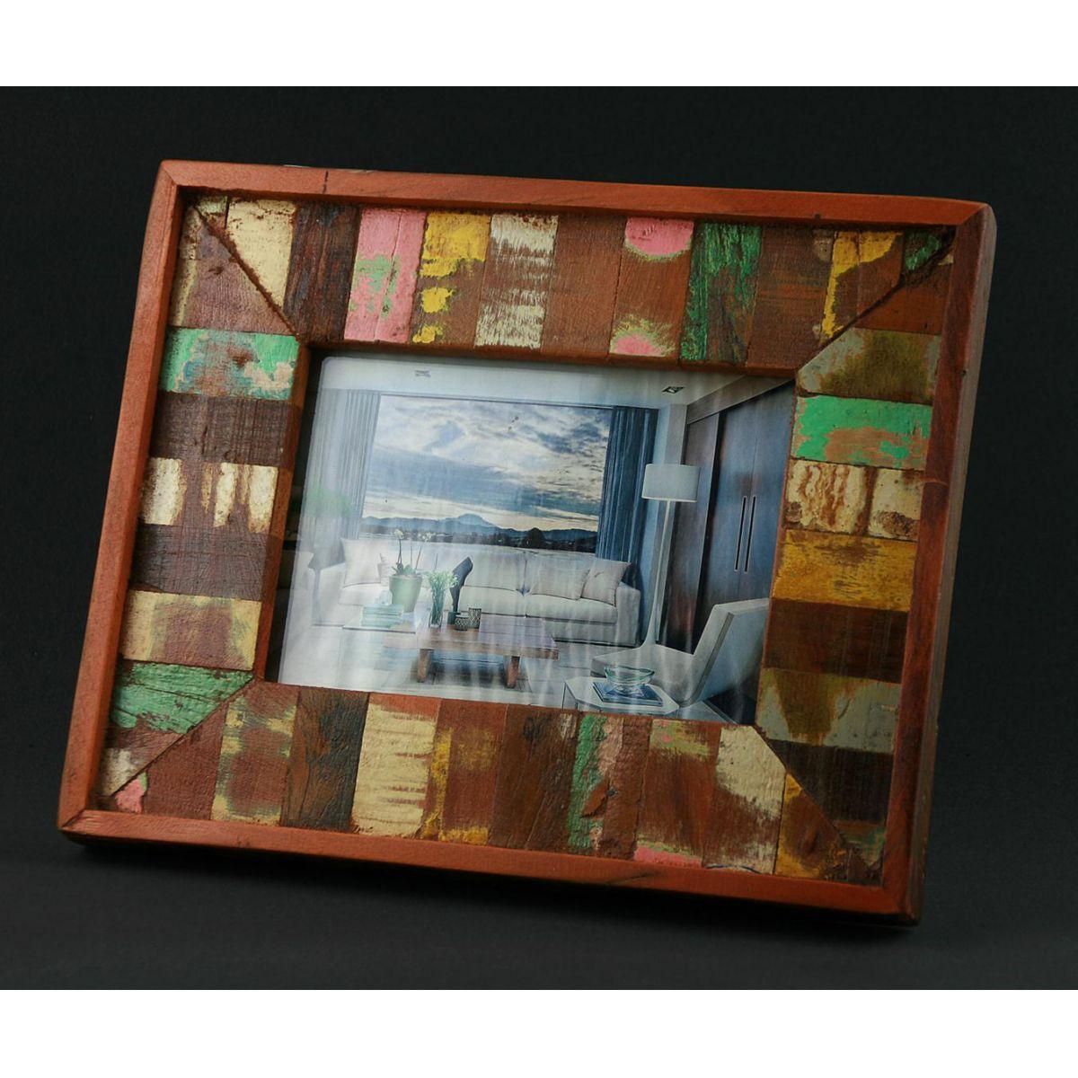 Porta Retrato Ripinha Medindo 0,20 x 0,2 Em Madeira De Demolição