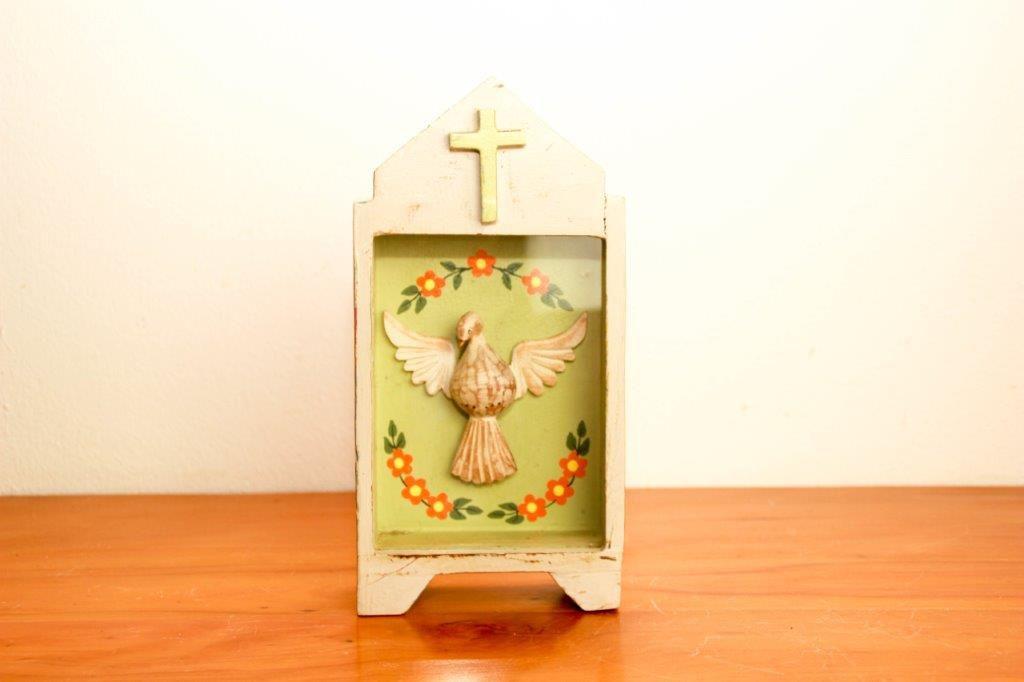 Oratório Divino Madeira Fundo Verde Artesanal Decorativo