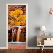 Adesivo para Porta Cachoeira com Flores Amarelas